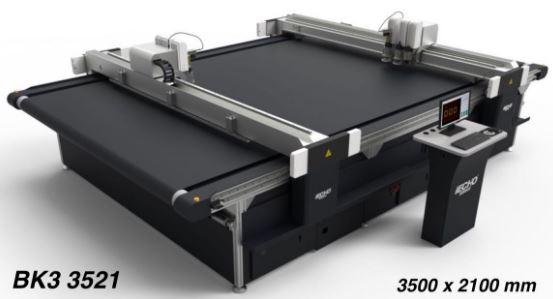 Table de découpe à plat : rapidité, efficacité et nouvelle technologie